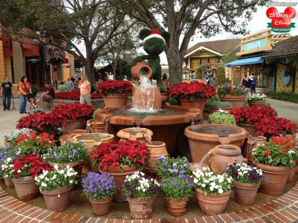 25 Days of Disney Christmas Day 12 - Downtown Disney Marketplace ...