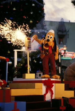 25 Days Of Disney Christmas Day 13 Vintage Disneyland