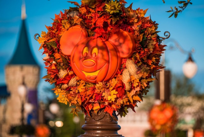 Mickey's Not-So-Scary Halloween Party Offers Early Start